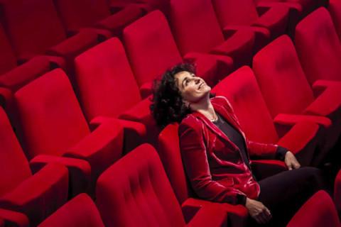 De la physique au théâtre (Le Monde)